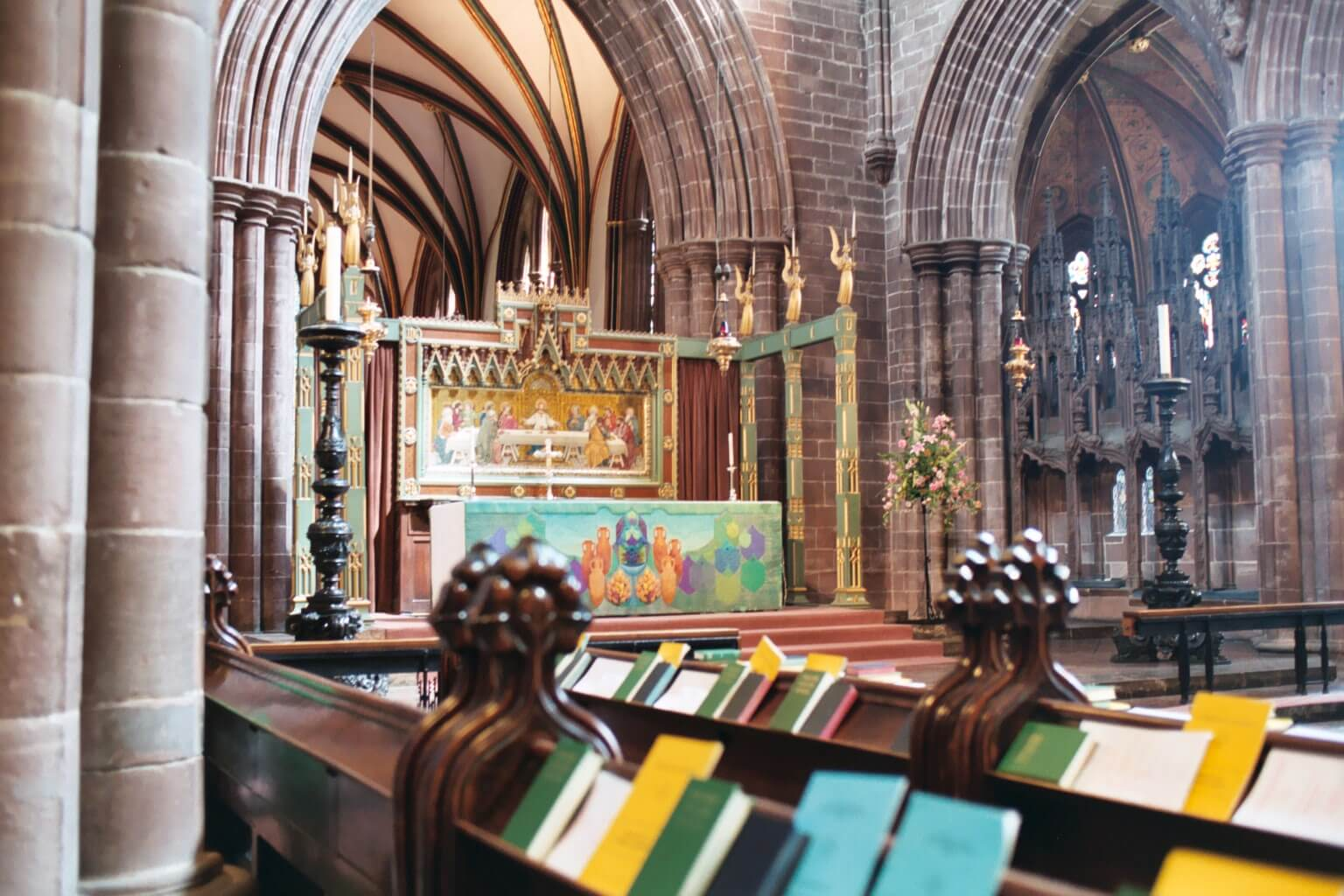 high-altar-quire-chester-cathedral-2004